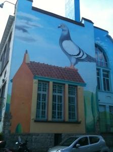 Le bourgmestre d'Uccle nous prendrait-il pour des pigeons.